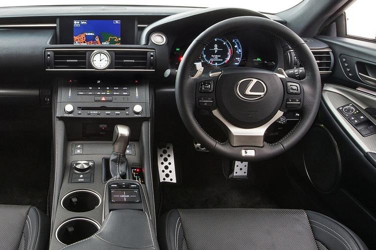 Lexus RC F Coupe 5.0 V8 463PS  2Dr Auto [SRoof] inside view